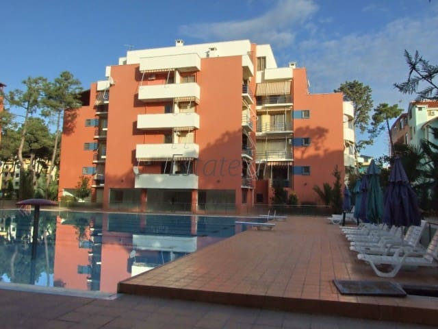 FRONT OF THE SEA WITH POOL. RESIDENTIAL AREA