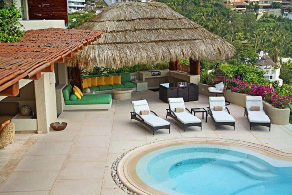 Puerta del sol villas for rent in acapulco guerrero mexico for Villa puerta del sol