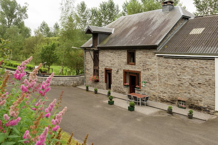 Quaint Cottage with Garden in Houffalize