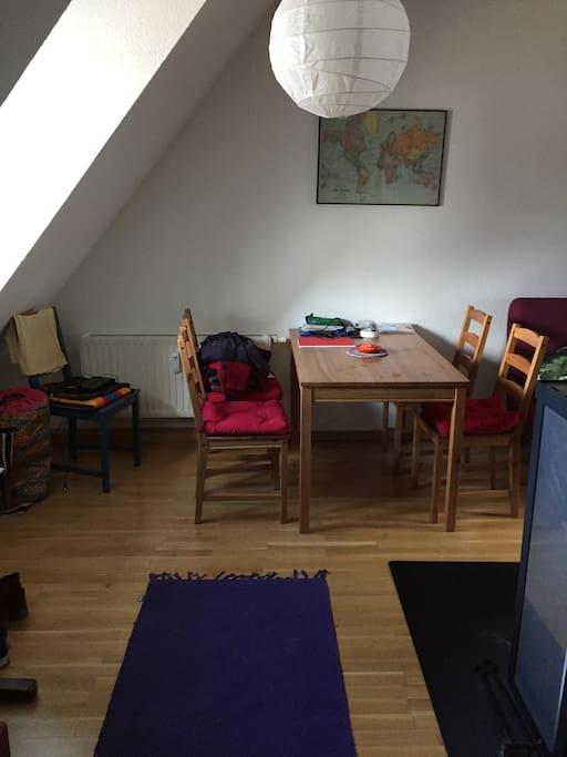 gem tliche kleine wohnung in innenstadtn he wohnungen zur miete in flensburg schleswig. Black Bedroom Furniture Sets. Home Design Ideas