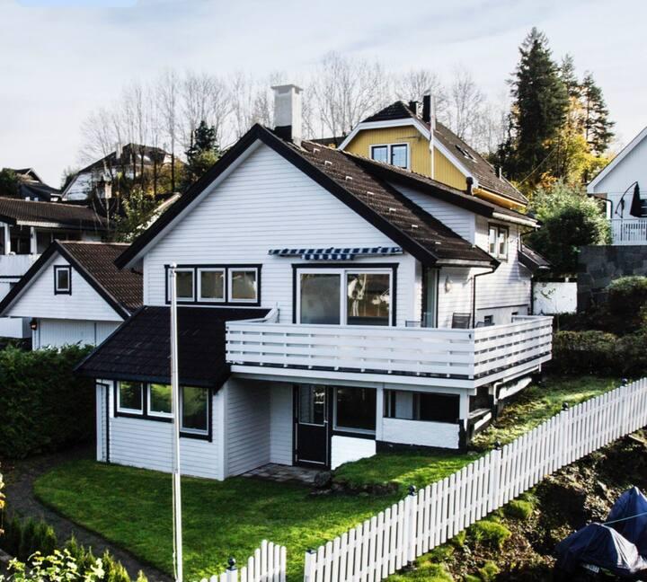 Hus - Närhet till hav, strand och 15min till Oslo