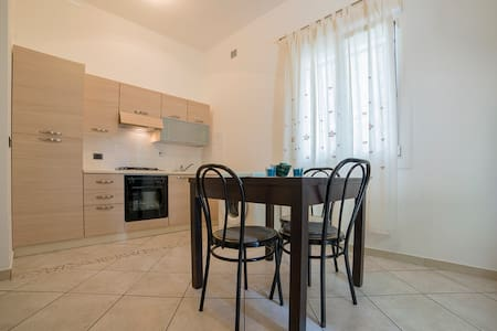 Bilocale a 50 metri dal mare - Misano Adriatico - Lägenhet