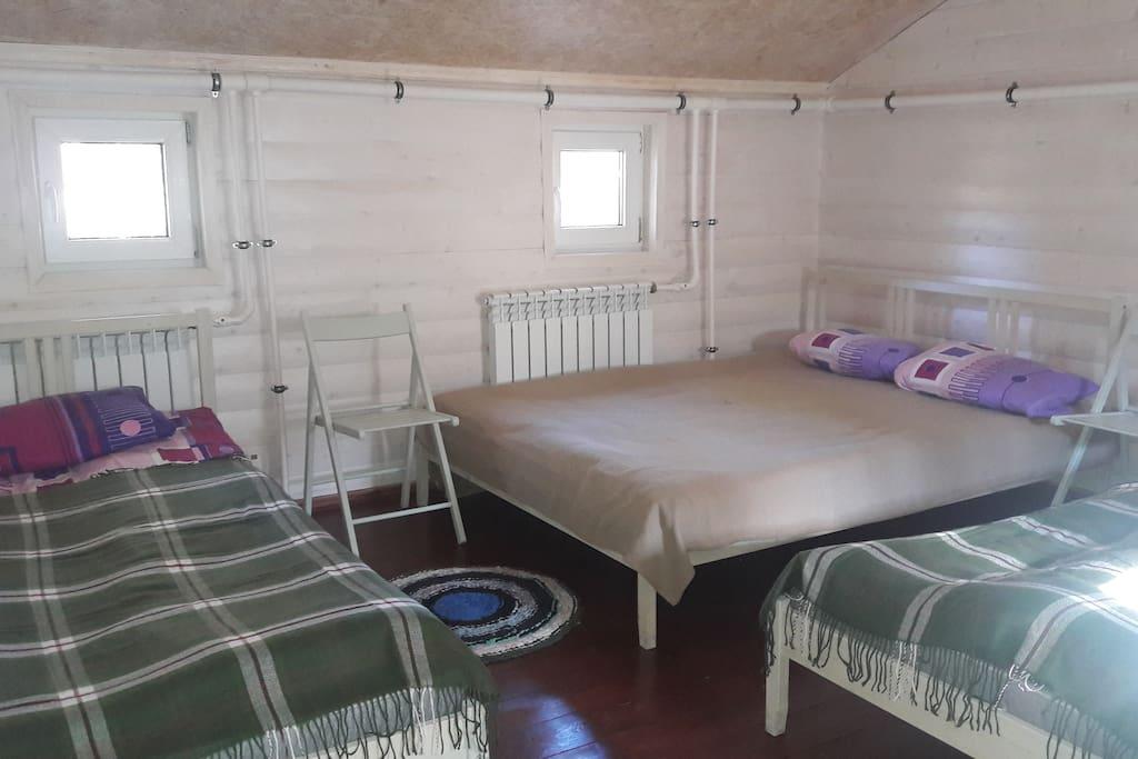 Комната для друзей и семьи.