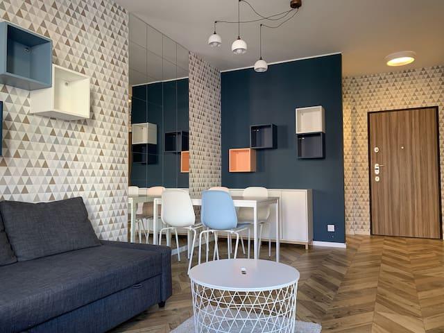 Q4 Apartments - VERONICA