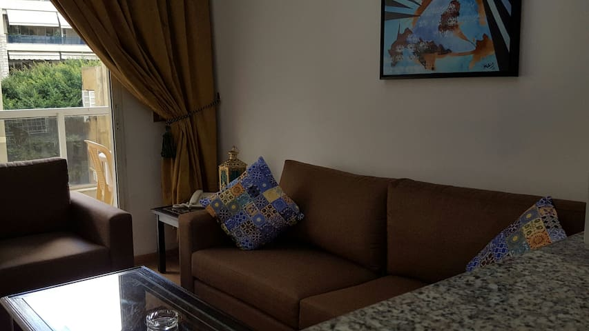 Perfect Apartment in Heart of Hamra - Bejrút - Lakás