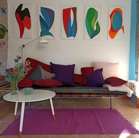Kleines, ruhiges Studio mit Dachterrasse