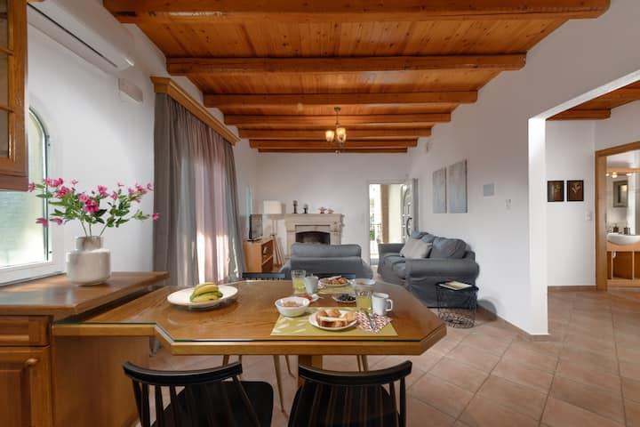 Cozy maisonette close to the city and the beach