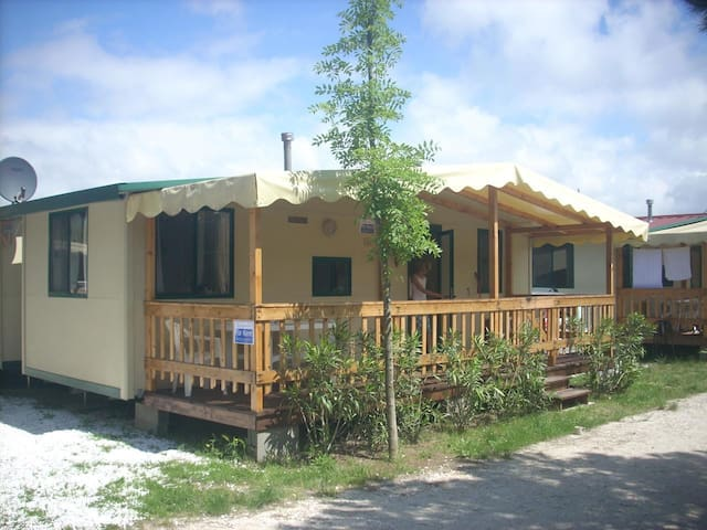 For rent on family camping mobilehome toskane by the sea