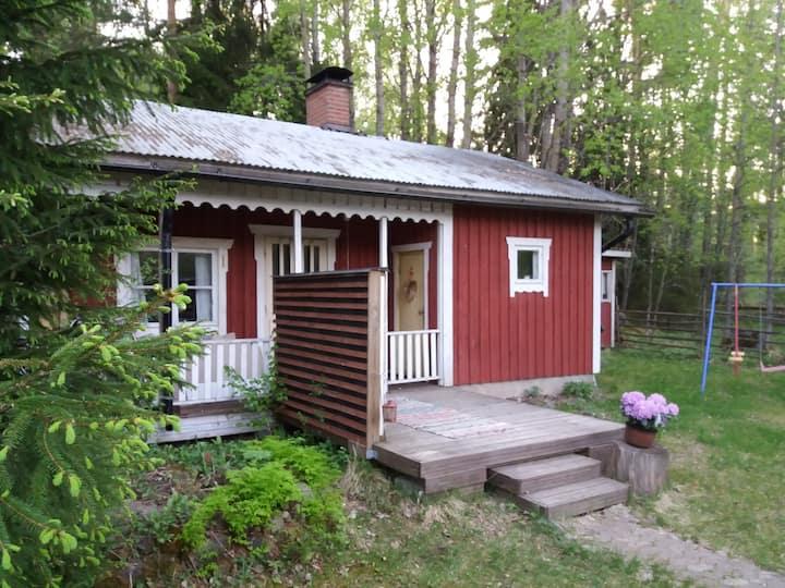 Rowan Cabin & Guesthouse