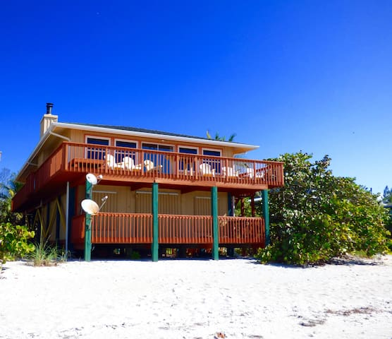 Sophie's Beach House on Little Gasparilla Island - Placida