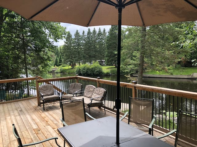 Waterfront Cottage on Historic Burnt River