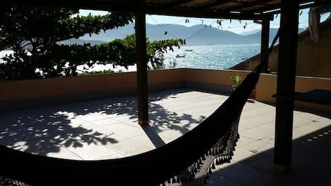 Apartamento em frente ao mar, Garopaba