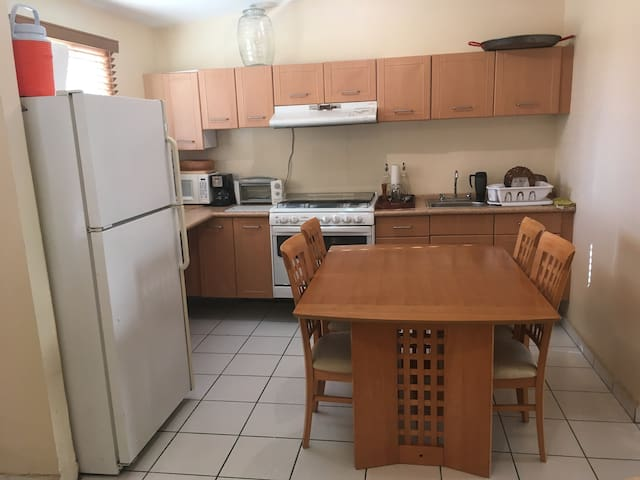 Cómoda y acogedora casa equipada - Tijuana - Huis
