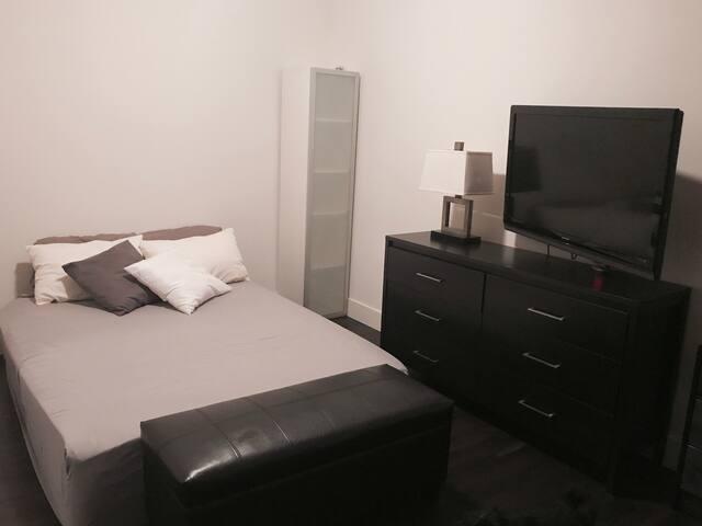 Private Suite in Prime Location - Milpitas - Apartamento