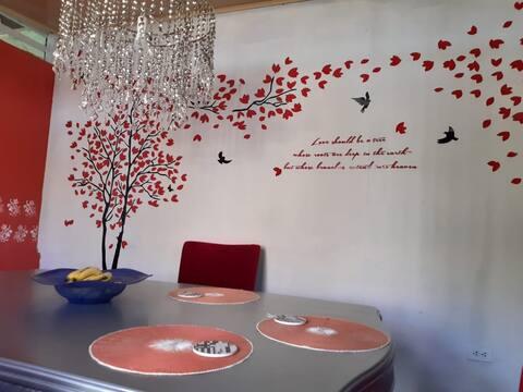 Casa árbol : much more than just a house