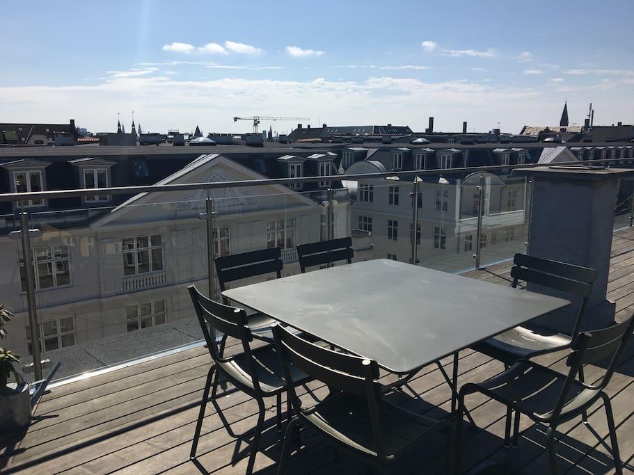 Rooftop terrace, area #1