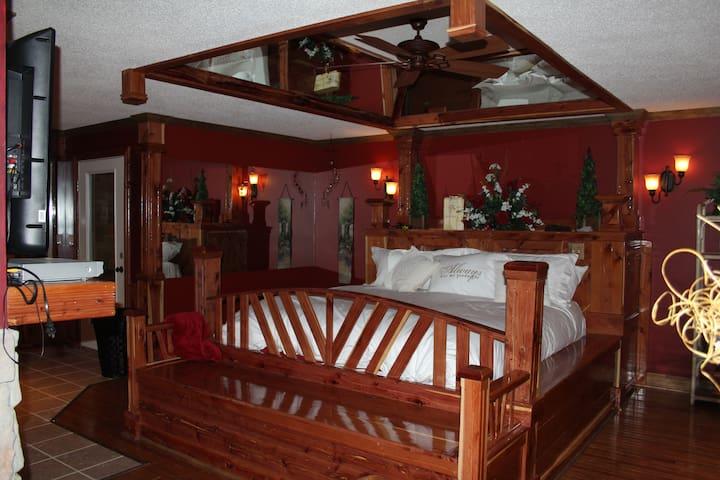 Lazy G 1 Honeymoon Suite Farm Stays