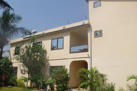 Residence La Rose Adidogomé (1er Etage) - Lome