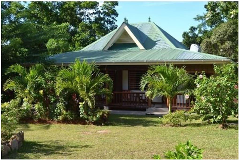 KOKO TANN bungalow