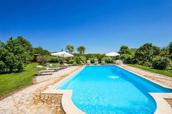 Two houses with pool near Rome and lake Bracciano - Trevignano Romano - Hus