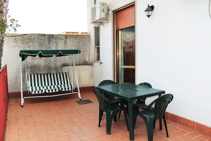 Appartamentino colorato - Locri - Casa