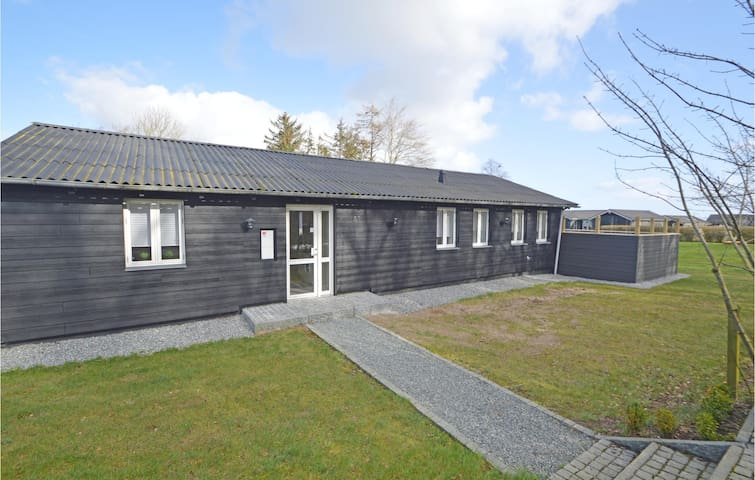 Holiday cottage with 4 bedrooms on 114m² in Haderslev