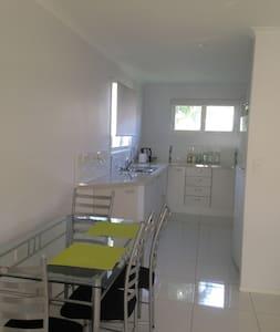 Massinger St Lodge - Quiet & Comfy - Salisbury - Apartamento