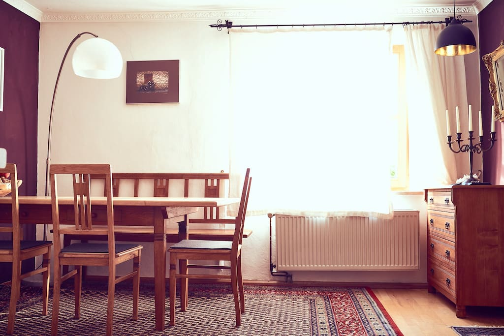 Küche und Esszimmer