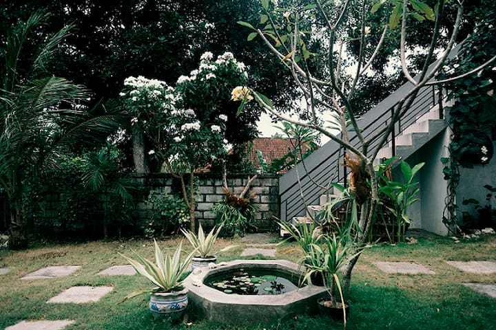 2 Angels Homestay - Our Garden