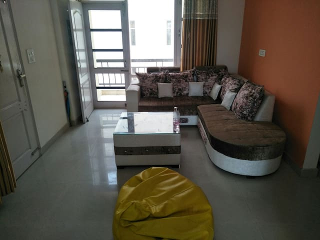 Bnb9: 2bhk fully furnished AC flat