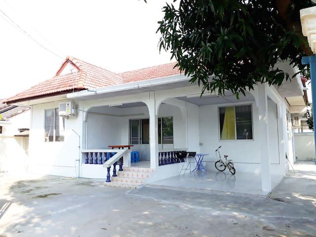 Mae Rampung Beach House 2