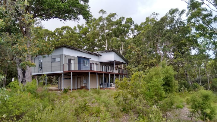 Great Water and Sunset Views -Kingfisher Bay HOUSE