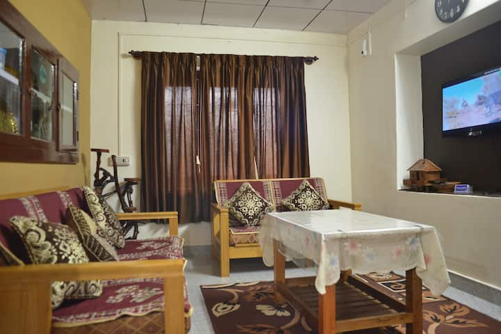 Agasthya Homestay( With Kitchenette )