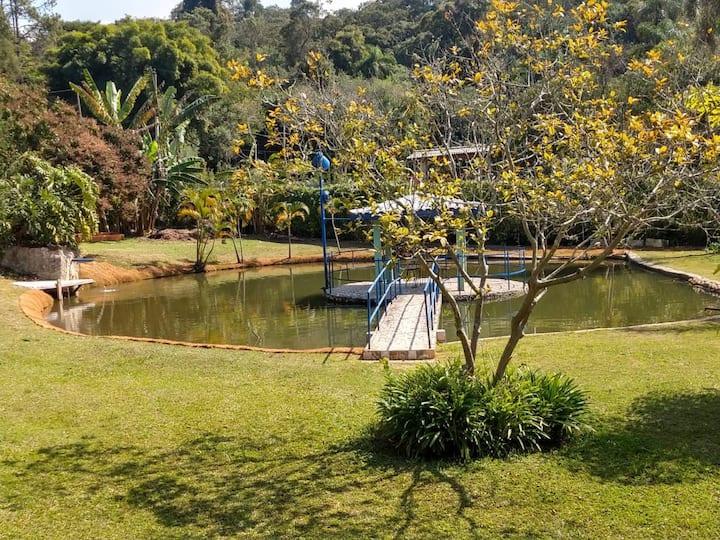 Chácara familiar localizada em São Roque.