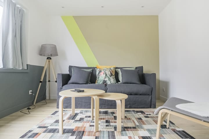 Airy Apartment for 4 in Issy-Les-Moulineaux
