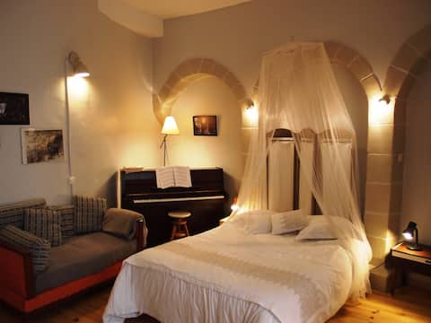 Cosy Studio in a beautiful Medieval Village