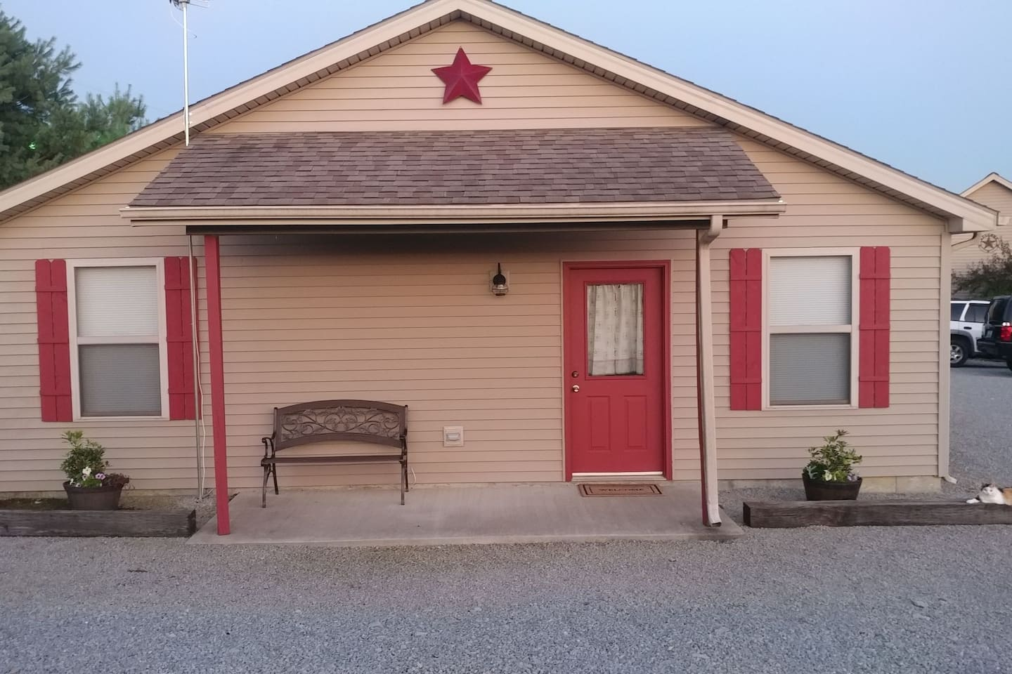 Due Drop Inn LOW PRICE (JUST ADDED 3RD BEDROOM!!!)