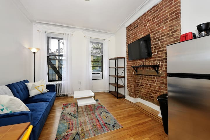 Luxurious Upper West Side Apt Best Location