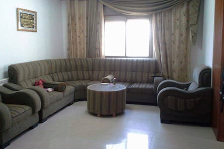Room in Ramallah centre, Palestine - Ramallah - Daire