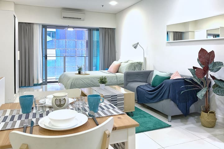 Minty Rose Suite Near Twin Tower KLCC & Subways