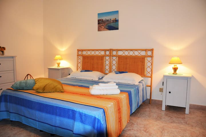 "4 km from the sea, B&B Salento ""Salenterra"" III"