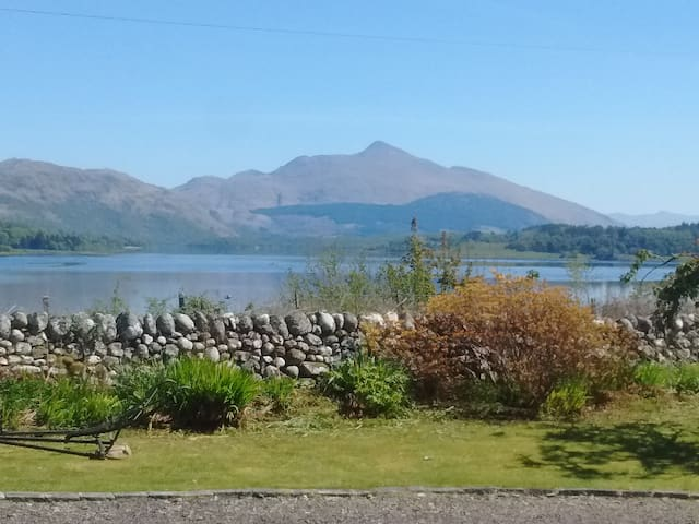 Oban/N Connel/Superb views/Ben Cruachan+Loch Etive