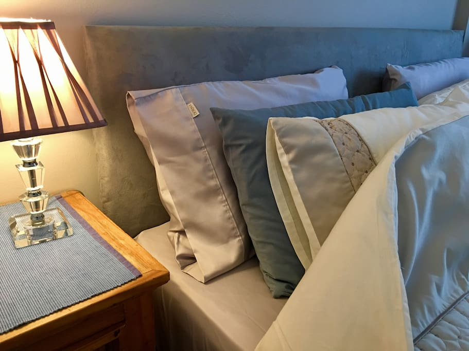 Sink into luxurious hotel quality cotton satin sheets, 350 thread count. A choice of pillows to suit everyone and a deep memory foam mattress all contribute to an indulgent night's sleep.