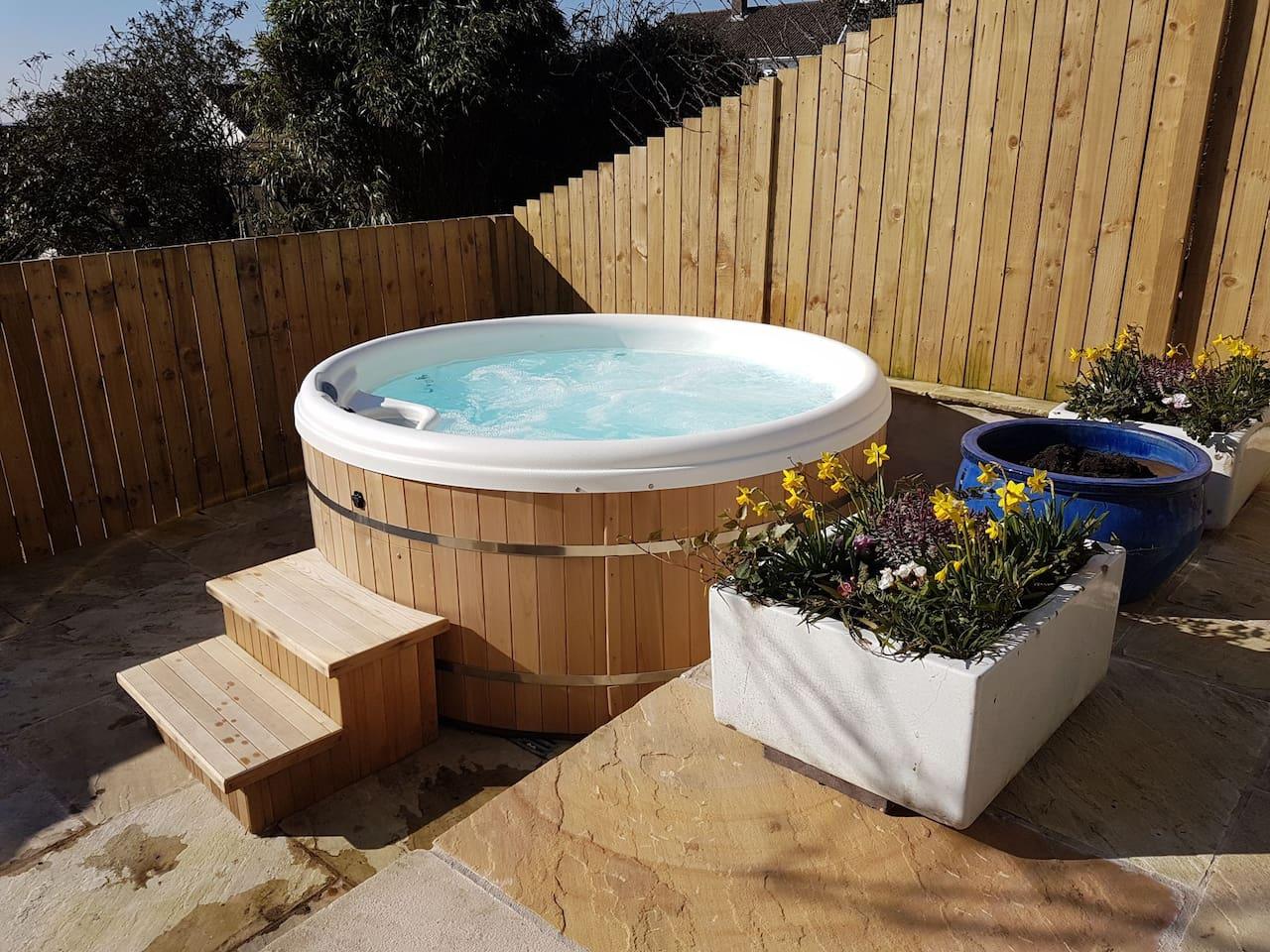 Exclusive hot tub