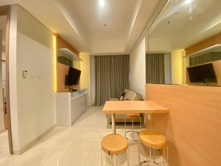 Swimming Pool & City View 2 BR Fully Furnished