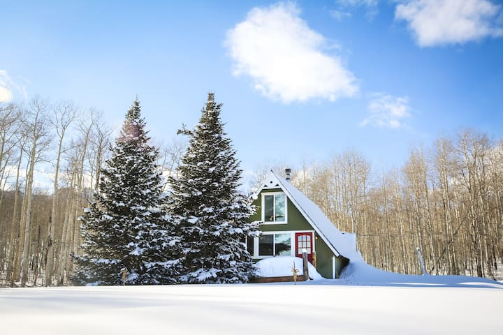 A-Frame of Mind Haus - Cozy Cabin near Park City