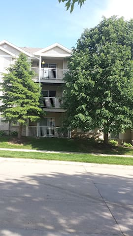 Very nice, centrally located home. - Omaha - Appartamento