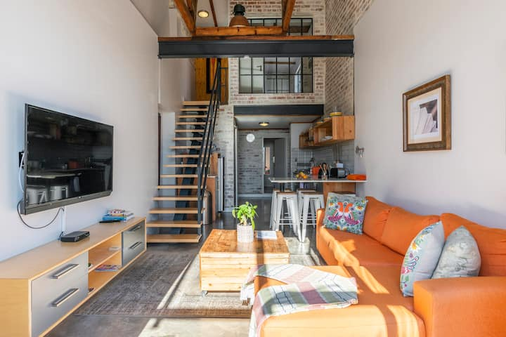 The Duke Loft Suite: 5min from the CBD