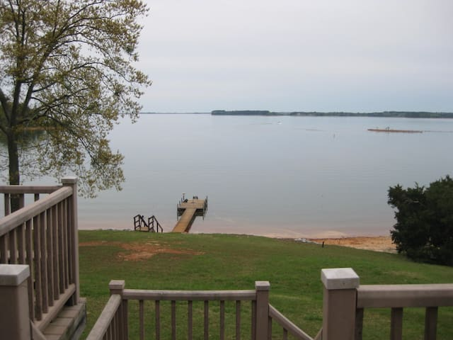 Most Awesome House on Lake Hartwell