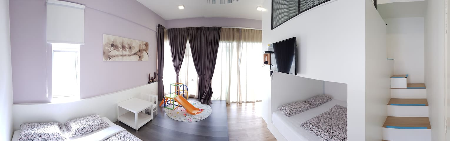 FOR THE KIDS! Quality room in Golden Hills (1)